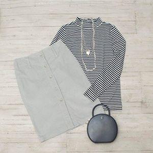 EUC Express Grey Corduroy Pencil Skirt size 4